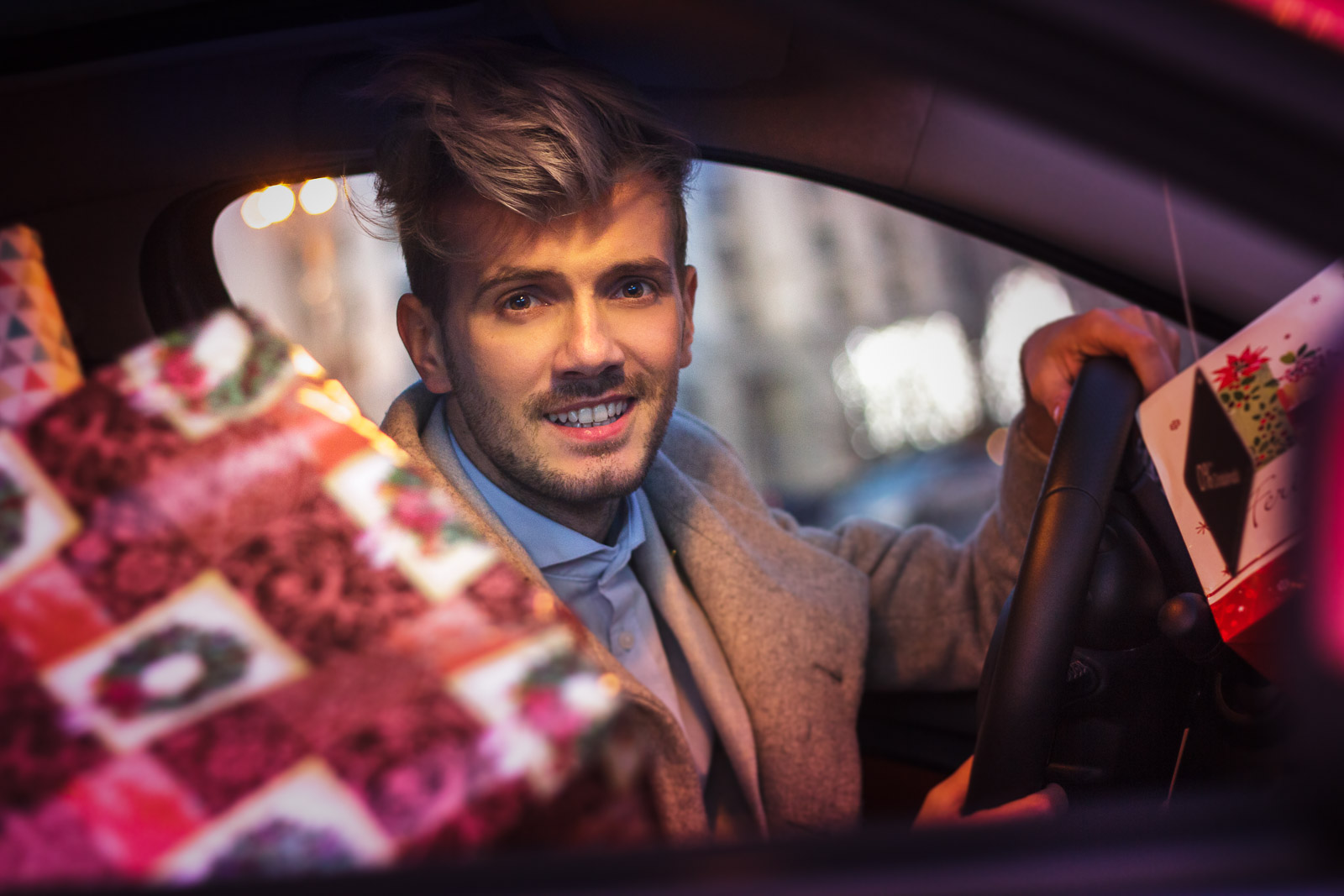 FashionJumper-Christmas-Car09