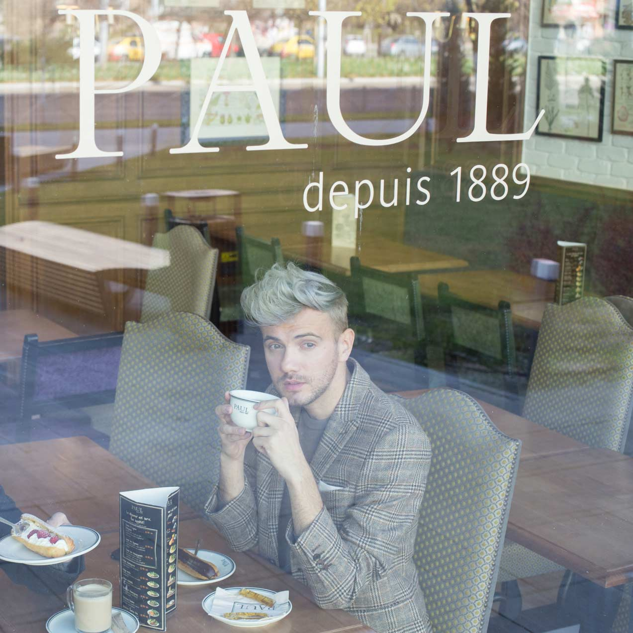 thefashionjumper-paul-bakery06